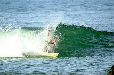 Surfing Action 4
